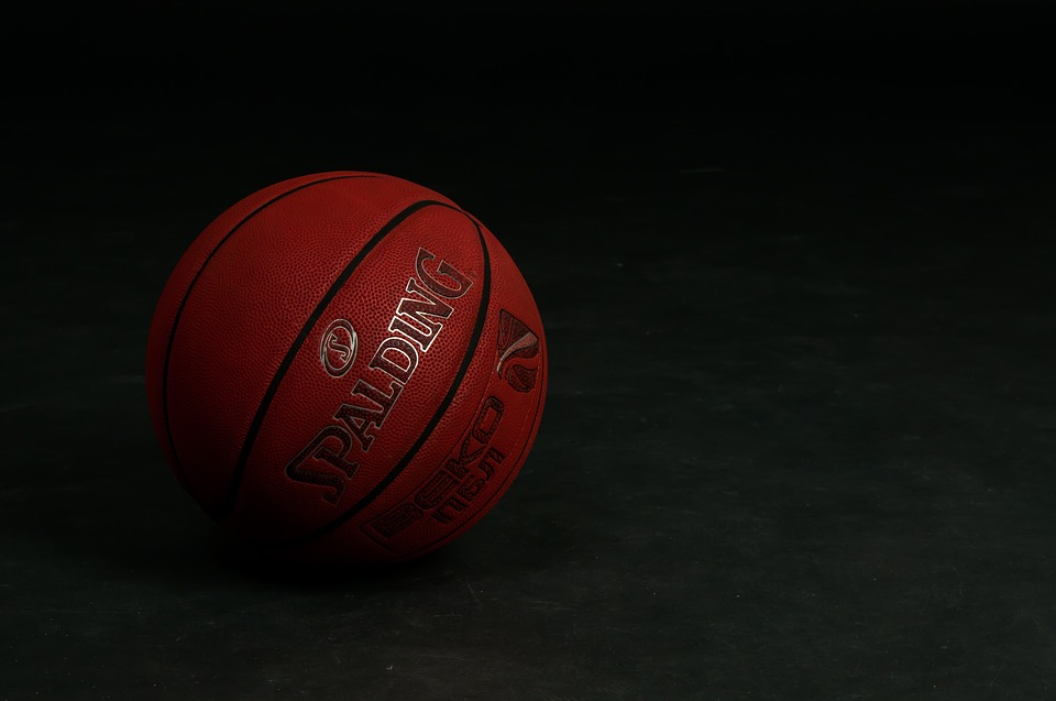 Basketball stock 181221 via Pixabay