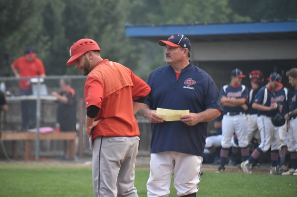 181125 Grants Pass Nuggets Legion head coach Mike Reese in 2018 playoffs